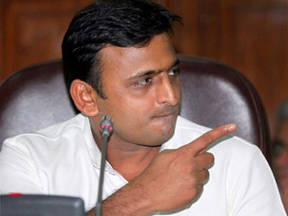 6-year-old girl makes Akhilesh crack the whip