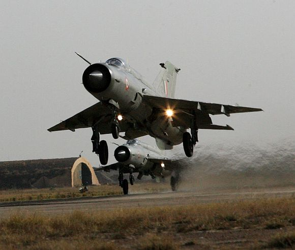 Does Antony have the guts to take on IAF?