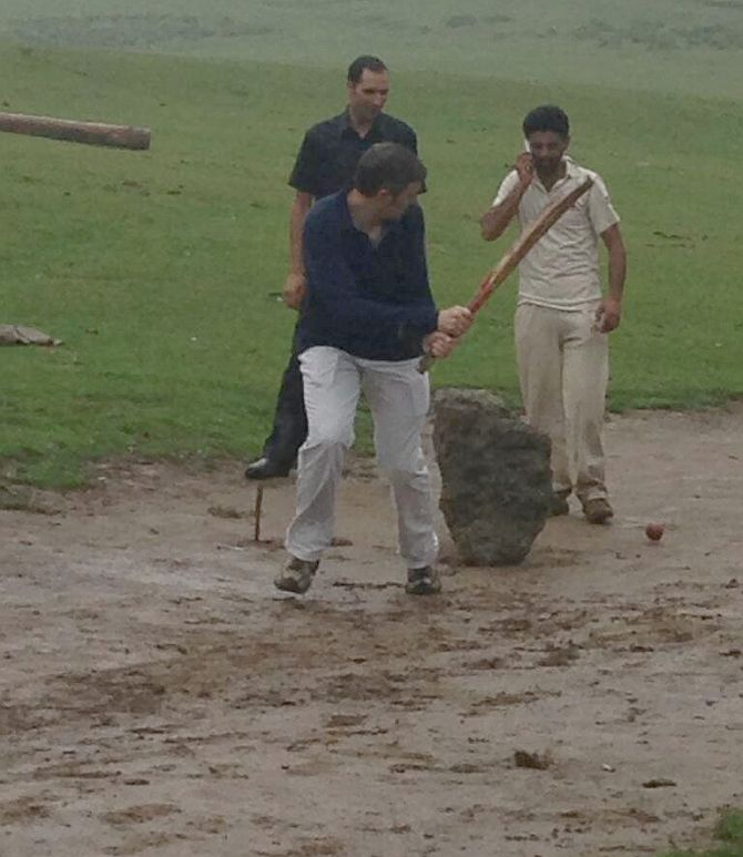 In PHOTOS: Omar Abdullah, the cricketer