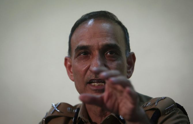 Mumbai Police Commissioner Satyapal Singh addresses a news conference ob the gang-rape on Friday