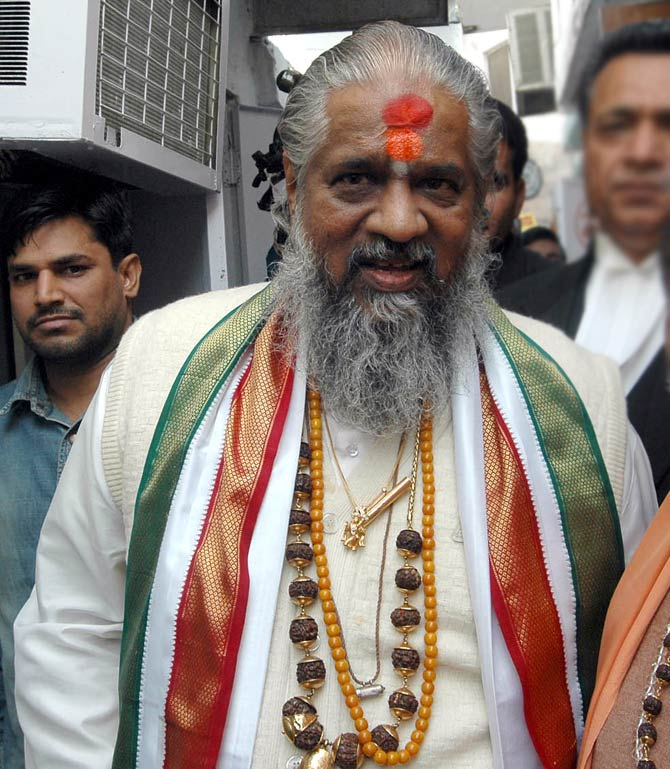 India News - Latest World & Political News - Current News Headlines in India - Controversial godman Chandraswami dies