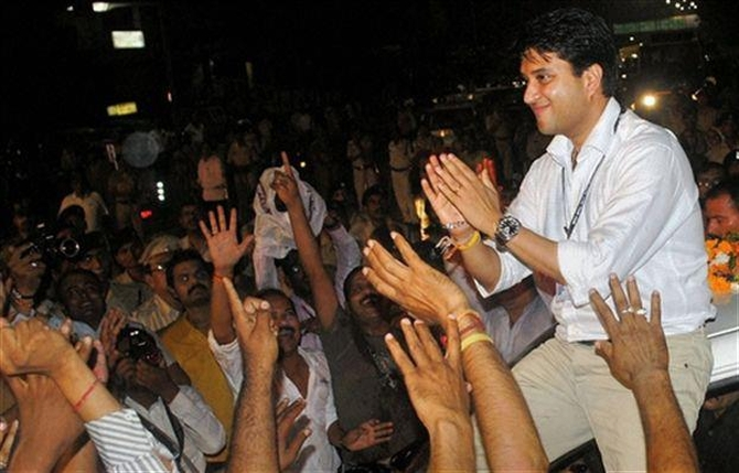Jyotiraditya Scindia during his election campaign in Madhya Pradesh.