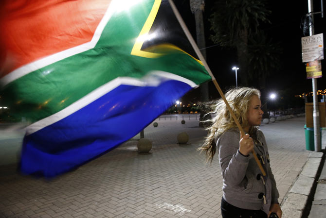 World weeps for its darling Madiba