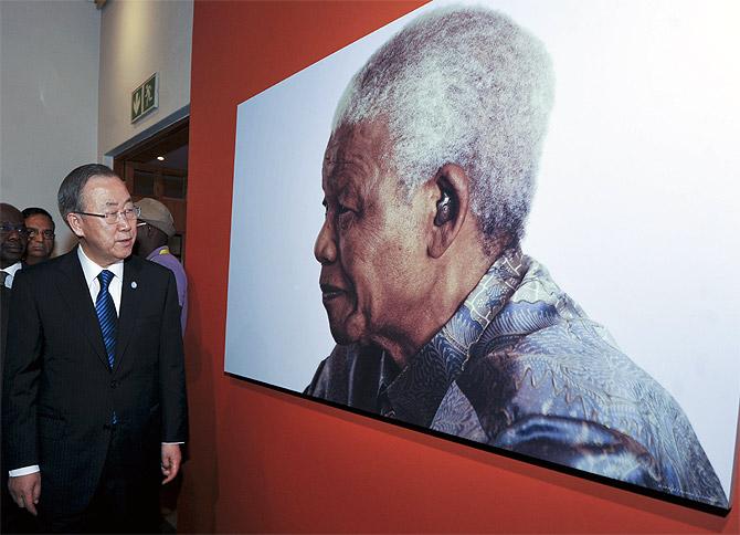 N Secretary-General Ban Ki Moon tours Johannesburg's Nelson Mandela Centre of Memory