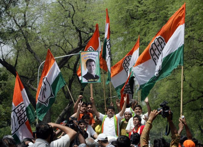 Congress supporters campaign in Delhi