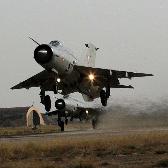 IAF bids adieu to MiG 21, its old workhorse