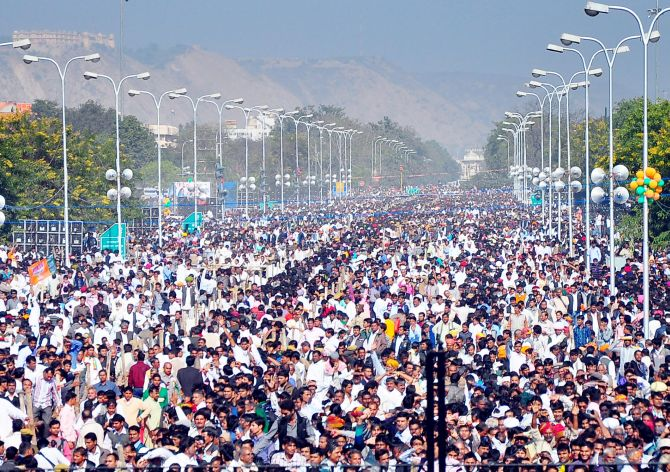 Huge gathering of supporters at Vasundhara Raje's swearing-in ceremony in Jaipur