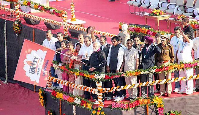 Thousands join Narendra Modi's Run for Unity