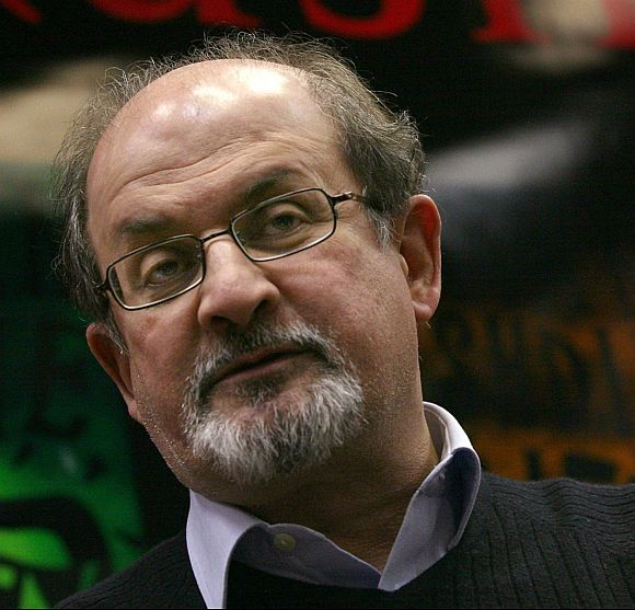 Mamata told police to put me on the next flight: Rushdie