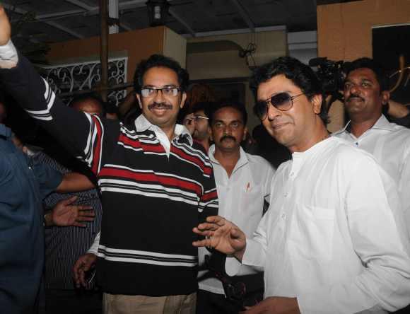 Shiv Sena supremo Uddhav Thackeray, left, with Maharashtra Navnirman Sena founder Raj Thackeray, right