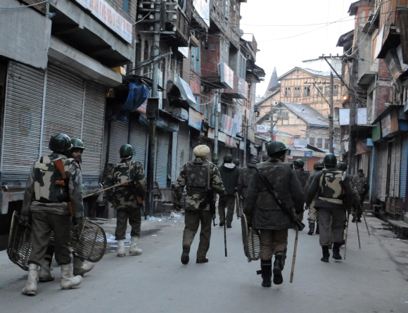 Kashmir tense after Guru's hanging
