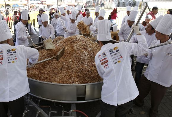World's largest Cantonese fried rice