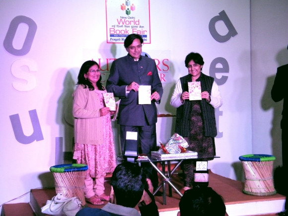 Shobha Warrier (left) with Shashi Tharoor