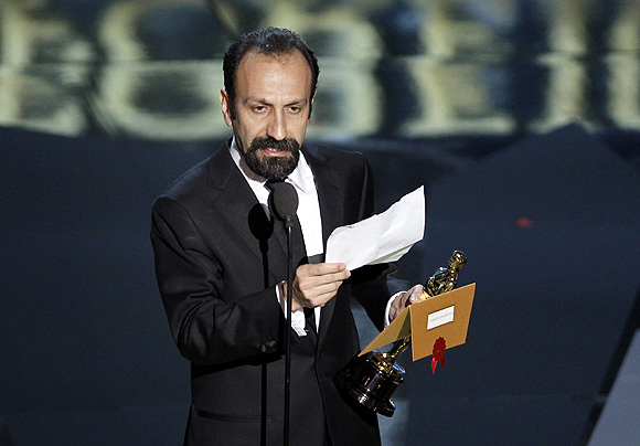 Asghar Farhadi accepts the Oscar for Best Foreign Language Film at the 84th Academy Awards in Hollywood, California, February 26, 2012