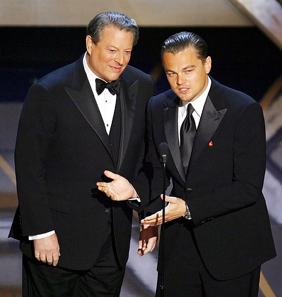 Actor Leonardo DiCaprio and former US Vice President Al Gore at the 79th Annual Academy Awards in Hollywood, California, February 25, 2007