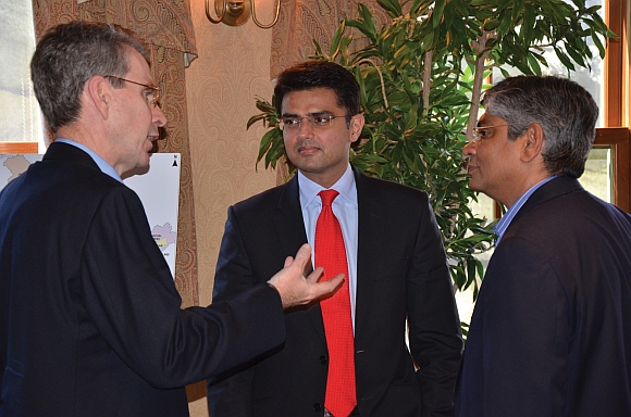Deputy Secretary of State Geoff Pyatt with Sachin Pilot, (center), one of India's youngest lawmakers, and Ambassador Arun Kumar Singh, deputy chief of mission, Indian embassy, at the Indiaspora retreat