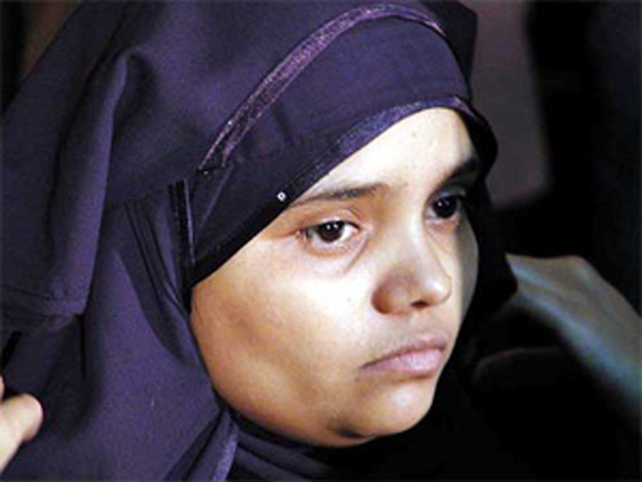 Bilkis Bano gangrape (March 2002)