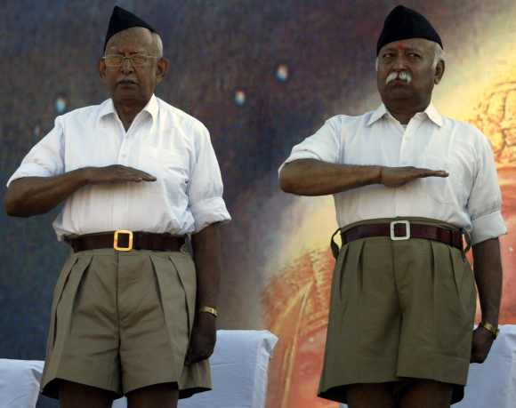 Mohan Bhagwat, chief of Rashtriya Swayamsevak Sangh, with KS Sudershan, former chief of RSS