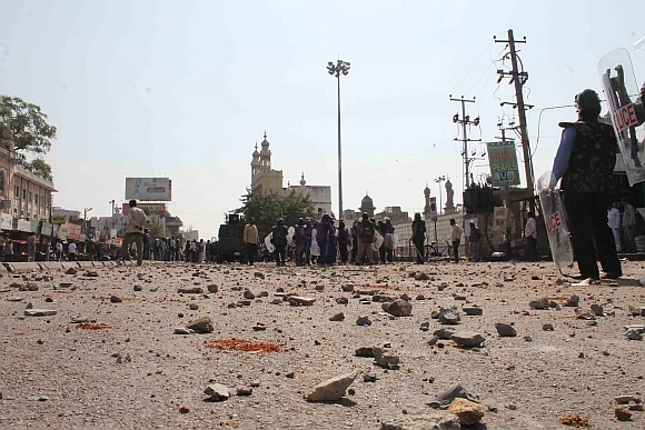 Scene after stone-pelters were cleared from Charminar