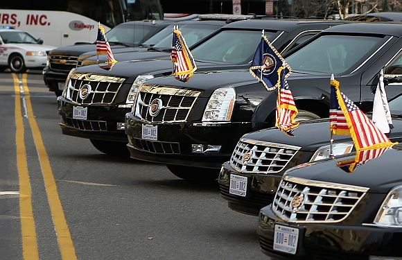 Obama and Biden's limousines present new licence plateslicen