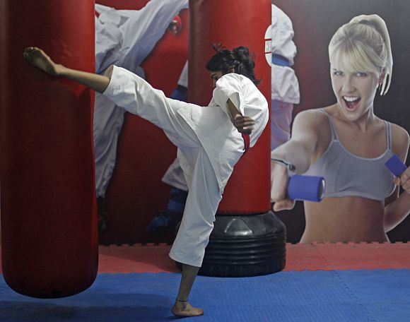 Sweety takes a self defence class in New Delhi