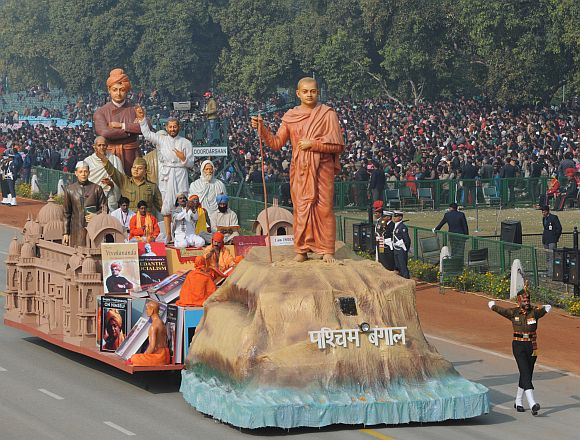 The tableau of West Bengal on the theme 'Obeisance to Swami Vivekanand'