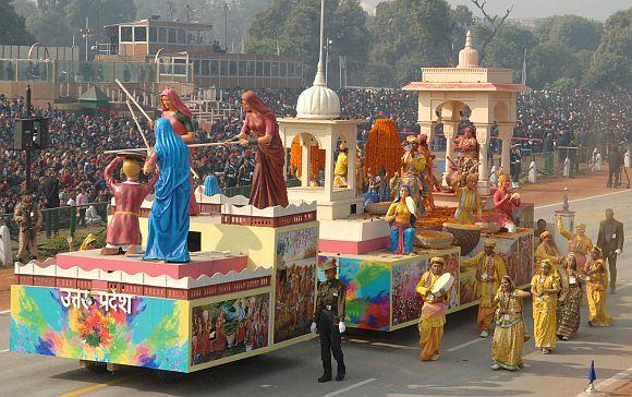 The tableau of Uttar Pradesh on the theme 'Brij Ki Holi'