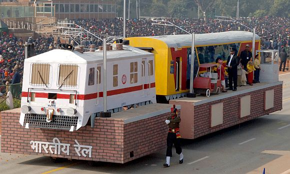 The tableau of Ministry of Railways on the theme 'Air Conditioned Double Decker Train'