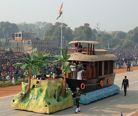 The tableau of Kerala on the theme 'House Boats'