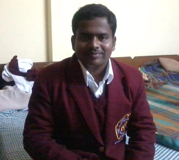Vishnu saved a girl who had fallen on the railway tracks