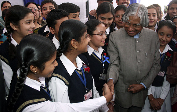 School children with Dr Kalam
