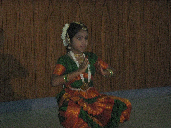 Jyotsna enthralled the gathering with her Bharata Natyam performance.