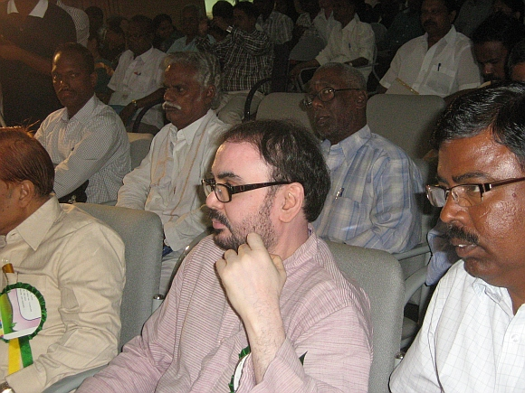Leucoderma Awareness Movement founder K Umapathy, centre.