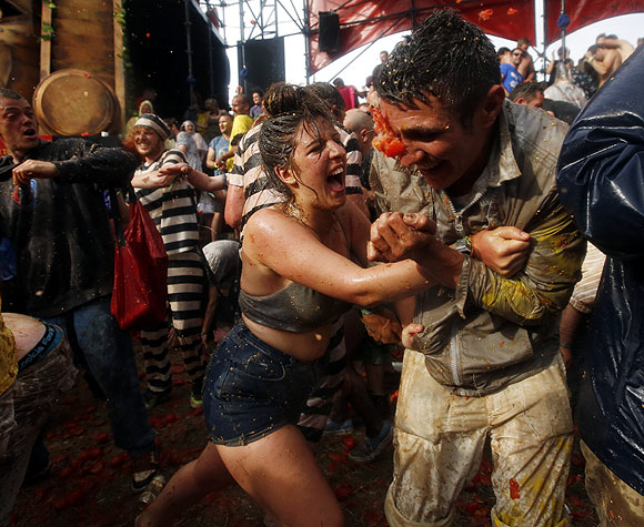 PHOTOS: Smashing FUN @ Glastonbury