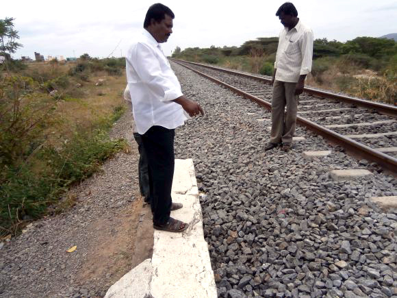 The spot where Ilavarasan's body was found near the railway tracks