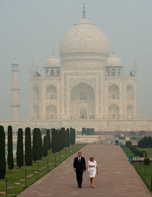 Wah Taj! Celebs @ the monument of love