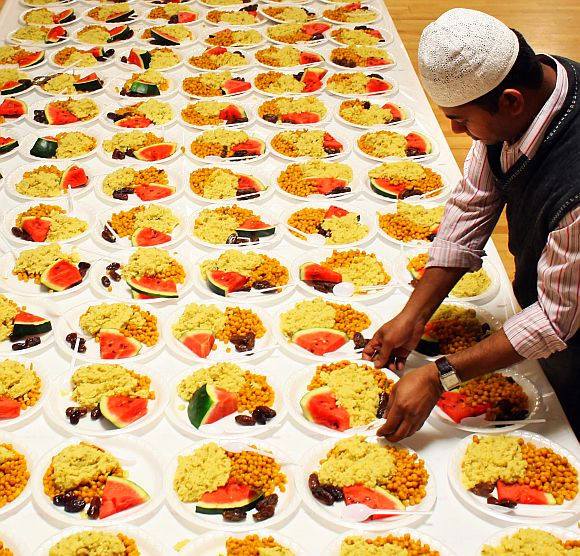 Ramzan Photos: The Feast after the Fast
