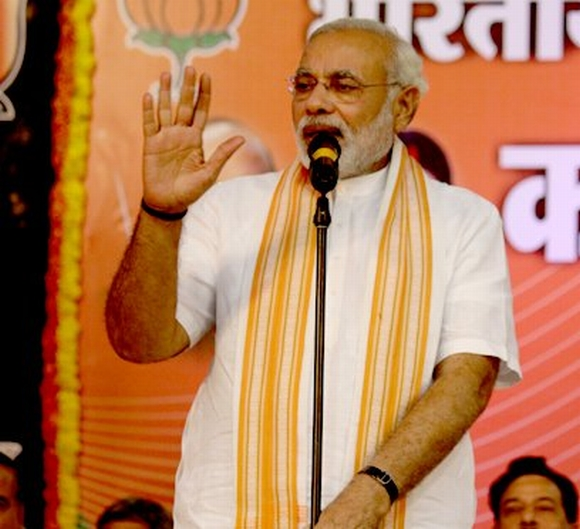 Modi addresses his partymen in Goa
