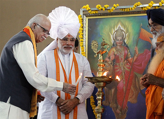 BJP leader L K Advani with Gujarat Chief Minister Narendra Modi