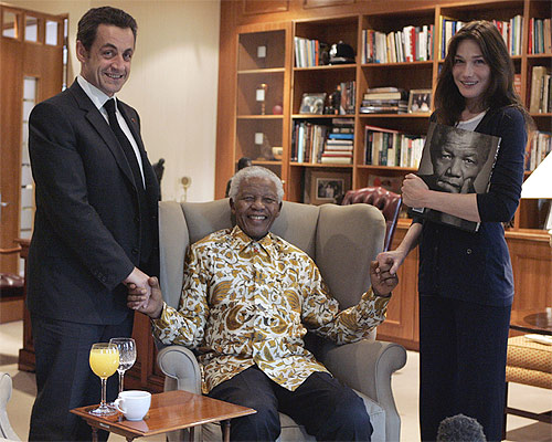 When Mandela left MJ, Beckham, Carla Bruni star struck
