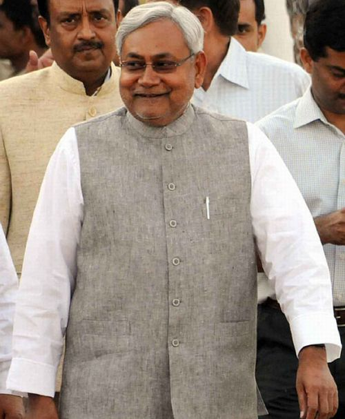 BJP betrayed Atal, Advani; left us with no option: Nitish