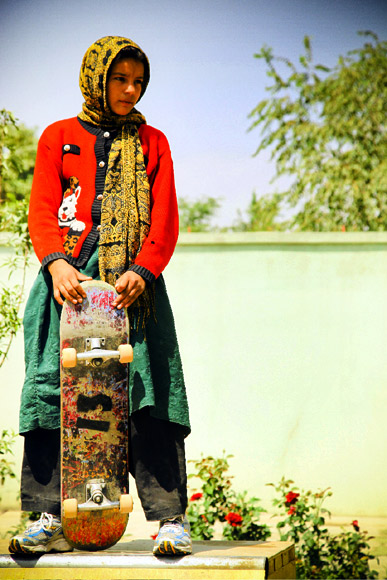 Fazila, one of the star skateboarders, is all set to get onto the ramp in Kabul. With the help of Skateistan, she is among the many other girls in the country who managed to make it back to public school