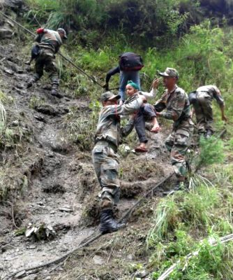 India News - Latest World & Political News - Current News Headlines in India - Flood fury: Army deployed for rescue efforts