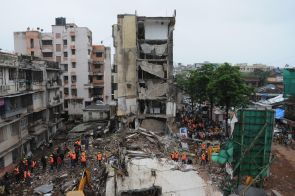 India News - Latest World & Political News - Current News Headlines in India - BMC officials, shop owner named in Mahim building collapse