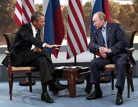 Obama has an heated discussion with Putin over how to end the war in Syria
