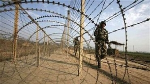 India News - Latest World & Political News - Current News Headlines in India - Pak violates ceasefire after infiltration bid foiled, 1 hurt