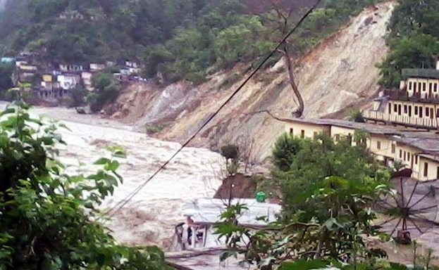 The road connecting Pinderghati to Dehradun has been completely washed away in the floods