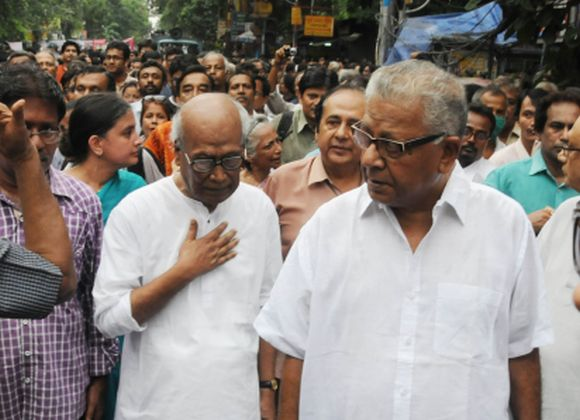 (From left in white shirt): Poet Sankha Ghosh and writer Samaresh Majumdar in the rally