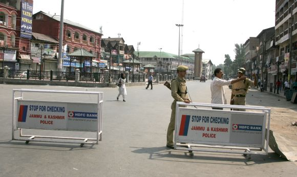 Heavy police restrictions have been put in place Srinagar in the wake of PM and Sonia Gandhi's visit to the Valley