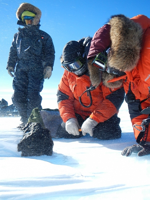 The fifth largest meteorite ever found in East Antarctica was discovered Jan. 28 by an international team of meteorite hunters